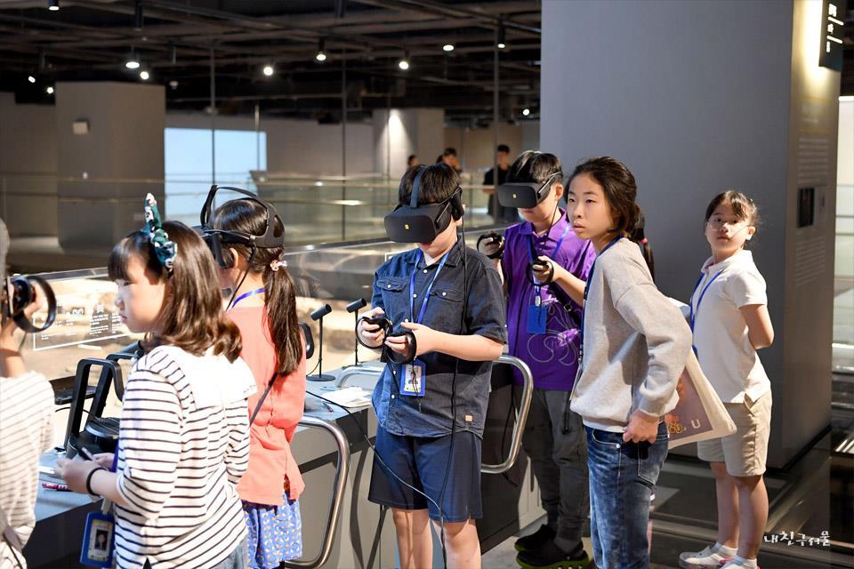 'ㅁ'자 집을 가상현실(VR)로 체험해보기