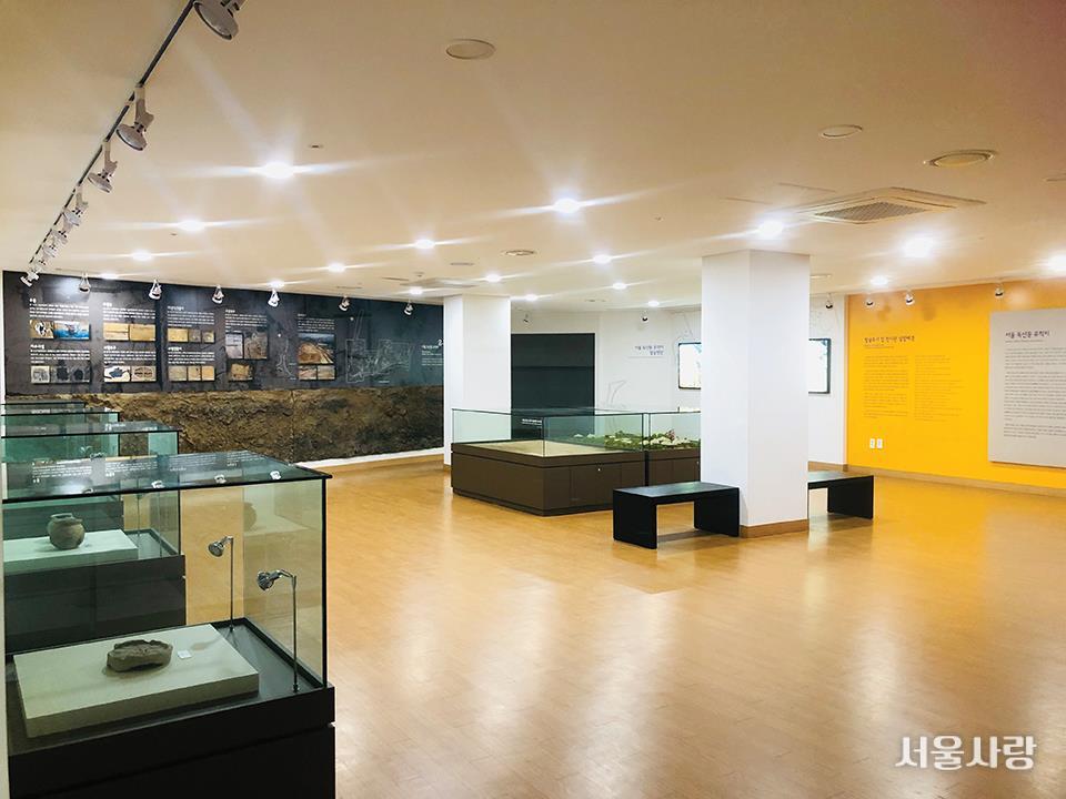 서울 독산동 유적 발굴 전시관