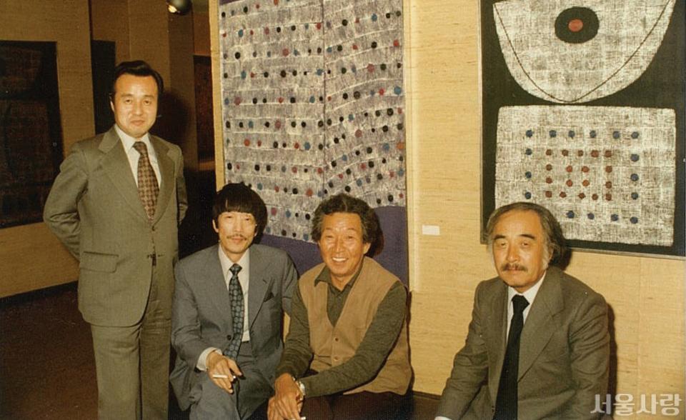 1979년 조선화랑에서 열린 김훈 전시회