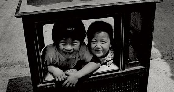 [서울 사진관] 그때 그 모습, 중림동 골목의 웃음꽃
