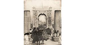 [서울 이야기] [사진으로 보는 서울의 그때 그 모습] 자주권을 향한 의지의 상징, 독립문